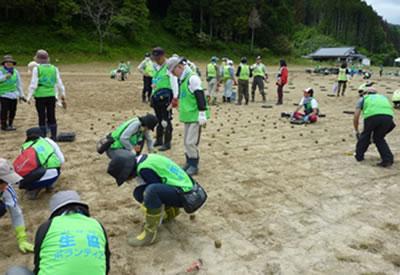 120622_volunteer_07.jpg