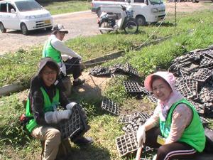 120817_volunteer_08.jpg