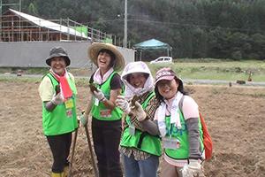 120914_volunteer_03.jpg