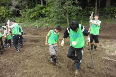 121005_volunteer_04.jpg