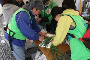 130426_volunteer_05.jpg