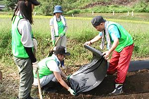130913_volunteer_03.jpg