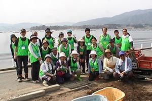 140502_volunteer_03.jpg