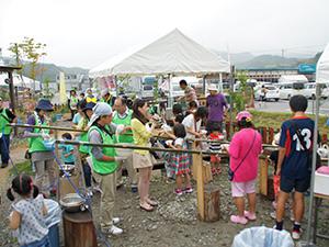 140810_volunteer_02.jpg