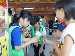 140810_volunteer_04.jpg