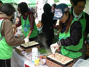 141031_volunteer_02.jpg