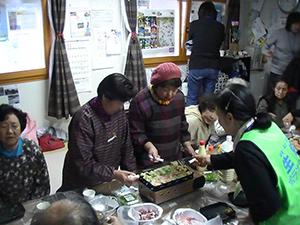 141110_volunteer_07.jpg